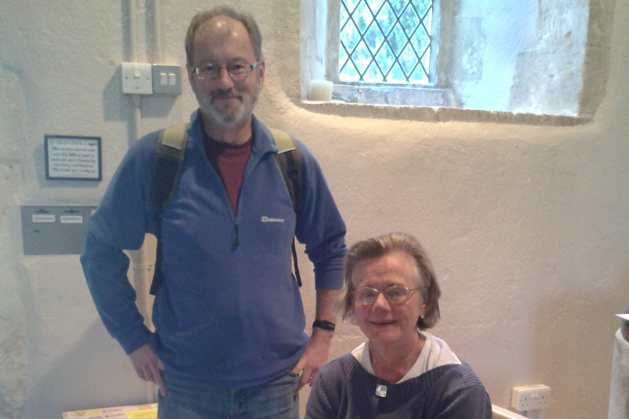 Gerry-Wait-Welcomer-and-Elizabeth-Knowles-Strider-at-St-Marys-Cogges-Ros-Wait-croped